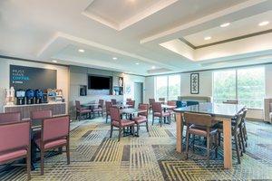 Restaurant - Holiday Inn Express Hotel & Suites Bethlehem