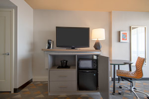 - Holiday Inn Stapleton Plaza Denver