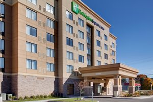 Exterior view - Holiday Inn Express Hotel & Suites Nepean