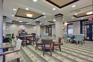 Restaurant - Holiday Inn Express Hotel & Suites Nepean
