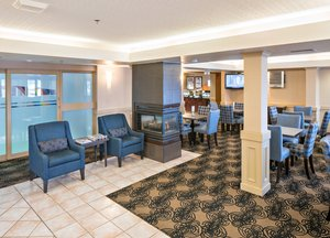 Lobby - Holiday Inn Express Red Deer