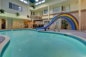 Pool - Holiday Inn Express Red Deer