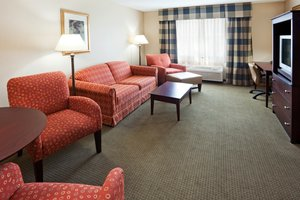 Suite - Holiday Inn Express Hotel & Suites Freeport
