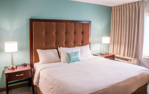Suite - Inn at St Mary's South Bend