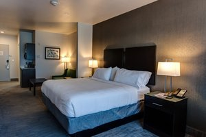 Suite - Holiday Inn Express Hotel & Suites Gatesville