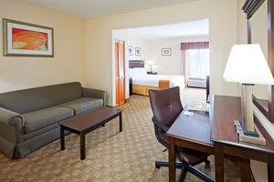 Suite - Holiday Inn Express Hotel & Suites Carneys Point