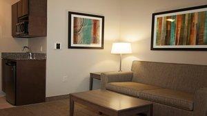 Suite - Holiday Inn Express Hotel & Suites Northeast Wichita