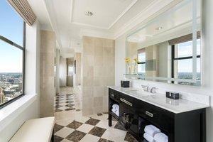 Suite - Ritz-Carlton Hotel Philadelphia