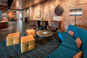 Lobby - Fairfield Inn & Suites by Marriott Inner Harbor Baltimore