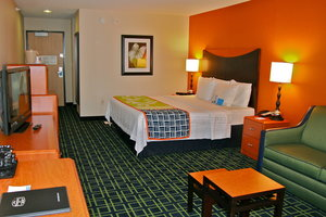 Room - Fairfield Inn by Marriott Hays