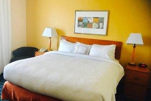 Room - Fairfield Inn & Suites by Marriott Sacramento Airport