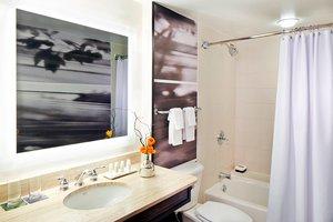 Room - Renaissance Waverly Hotel Atlanta
