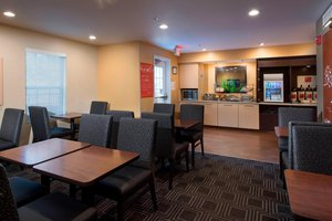 Restaurant - TownePlace Suites by Marriott Alpharetta