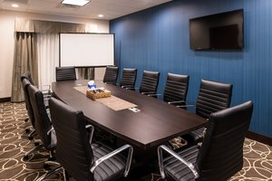 Meeting Facilities - Holiday Inn Express Hotel & Suites Airport Bakersfield