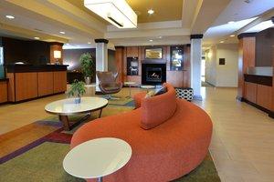 Lobby - Fairfield Inn & Suites by Marriott Wytheville