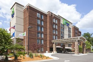 Exterior view - Holiday Inn Express Hotel & Suites West Bloomington