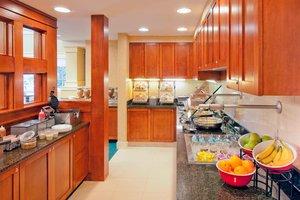 Restaurant - Residence Inn by Marriott Norwood