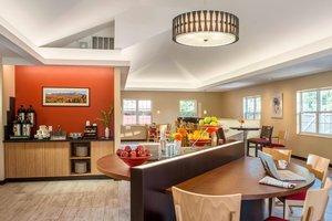 Restaurant - TownePlace Suites by Marriott Williston