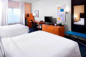 Room - Fairfield Inn & Suites by Marriott Cumberland