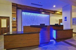 Lobby - Fairfield Inn & Suites by Marriott Airport Chattanooga