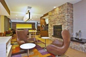 Lobby - Fairfield Inn & Suites by Marriott Hammond