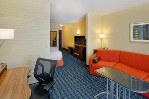 Suite - Fairfield Inn & Suites by Marriott Hammond