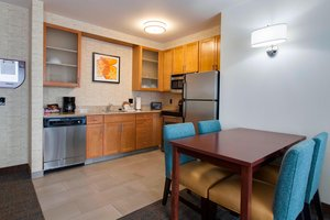 Suite - Residence Inn by Marriott Midway Bedford Park