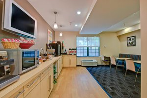 Restaurant - TownePlace Suites by Marriott University Charlotte