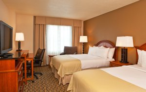 Room - Holiday Inn College Park