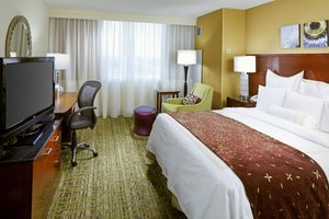Room - Marriott Hotel West Des Moines
