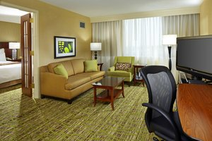 Suite - Marriott Hotel West Des Moines