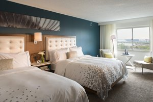 Room - Renaissance Meadowlands Hotel Rutherford