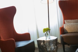 Suite - Renaissance Meadowlands Hotel Rutherford