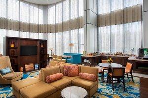 Bar - Marriott Glenpointe Hotel Teaneck