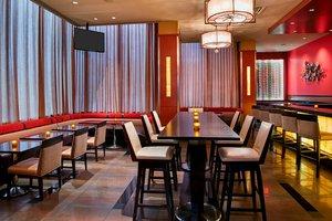 Restaurant - Marriott Glenpointe Hotel Teaneck