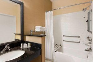 Room - Fairfield Inn by Marriott Grand Forks