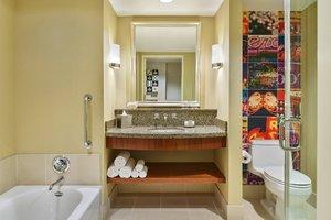 Room - Renaissance Hotel Las Vegas