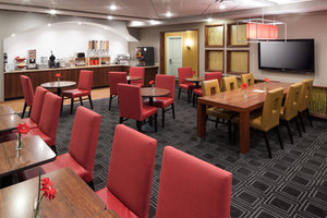 Restaurant - TownePlace Suites by Marriott West Little Rock