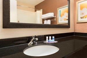 Room - Fairfield Inn by Marriott Midland