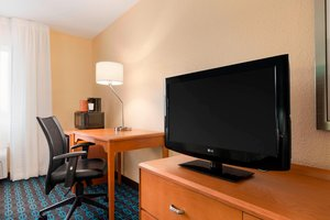 Room - Fairfield Inn by Marriott Saginaw