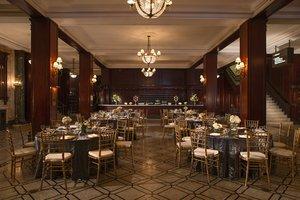 Lobby - Marriott Hotel Downtown Kansas City