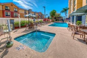 Recreation - Fairfield Inn & Suites by Marriott Universal Studios Orlando