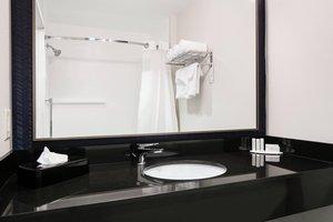 Room - Fairfield Inn by Marriott Manhattan