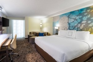 Room - Courtyard by Marriott Plaza Hotel Miami