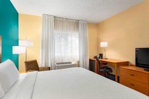Room - Fairfield Inn by Marriott Racine