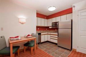 Suite - Residence Inn by Marriott Davenport
