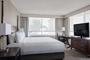 Suite - Marriott Hotel New Orleans
