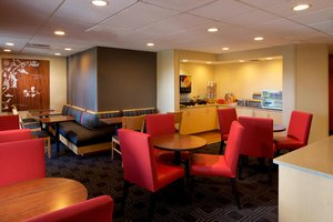 Restaurant - TownePlace Suites by Marriott Jacksonville