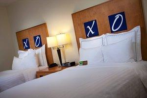 Room - Renaissance Club Sport Hotel Walnut Creek