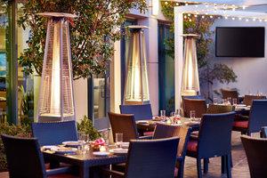 Restaurant - Renaissance Club Sport Hotel Walnut Creek
